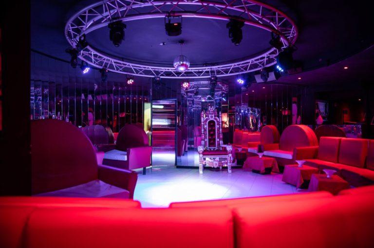 night club lavoro