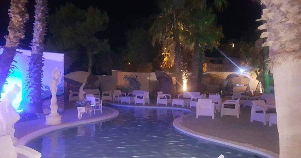 night club Play piscina