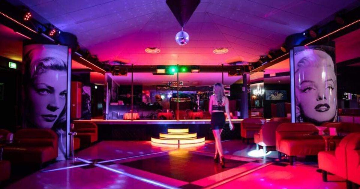 night club como